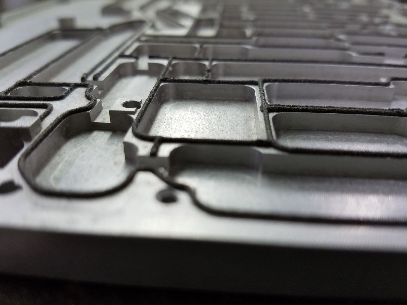 3 Reasons to Use Nickel-Graphite Silicones for EMI Shielding Gaskets