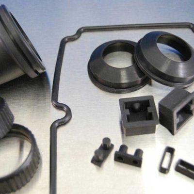custom-molded-rubber-square